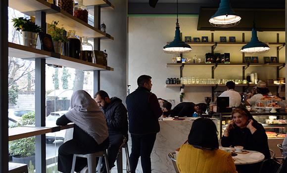 کافه و رستوران ایتالیایی تومو