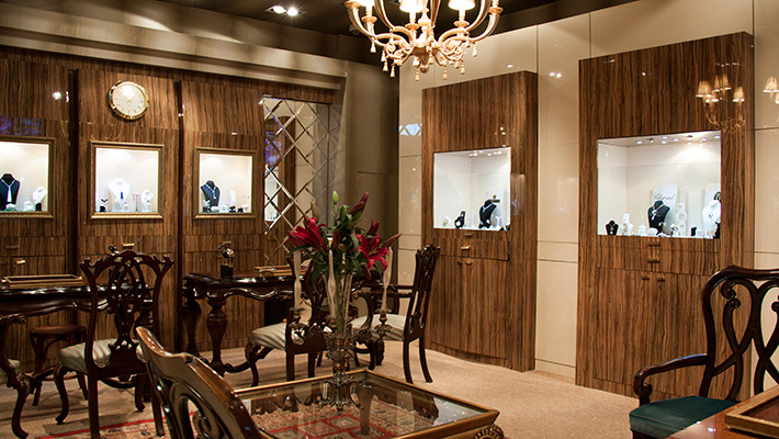 Royally Jewelry Gallery