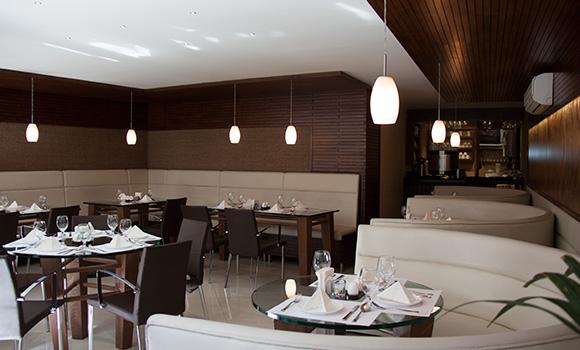Ananda Restaurant & Café