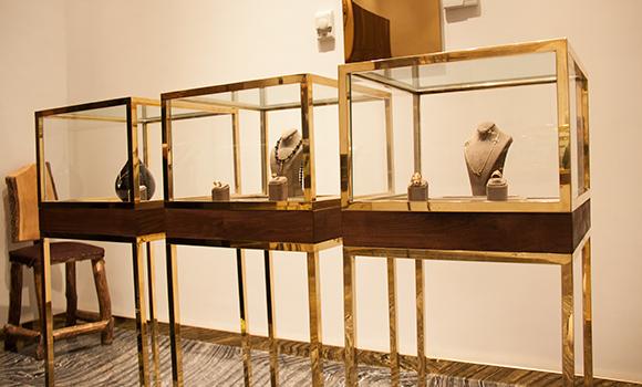 Eli Gallery