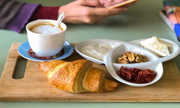 Karfe Boutique-Café